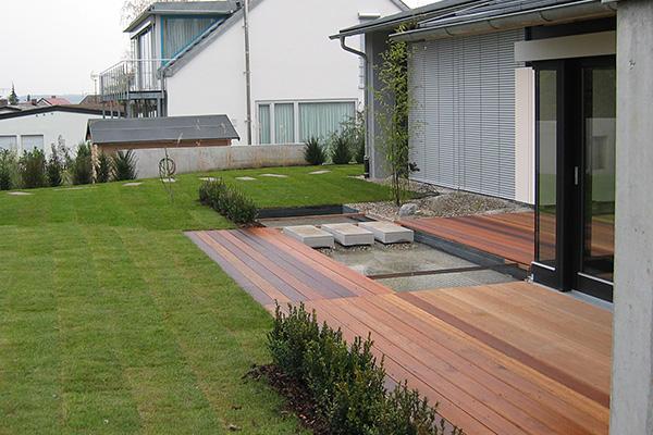 Garten und au enanlagen pronatur garten landschaftsbau for Terrassenanlagen bilder